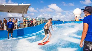 Atlantis Gay cruise activities